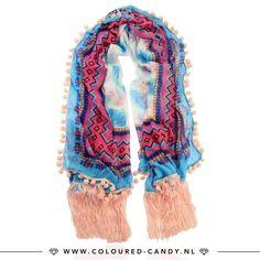 IBIZA FRINGE // Shop deze kobalt blauwe sjaal nu voor een heel fijn prijsje in de Summer Sale! 🎀 ➳ https://www.coloured-candy.nl/sale #colouredcandy #sieraden #jewelry #sale #summer #jewellery #scraf #ibiza #trend #ootd #blue #pink #statement #fashion #mode #style #love #beauty #jewelrygram #fashionista #cute #girls #woman #trendy #beautiful #instagood #shopping #musthaves #bijoux #accessories