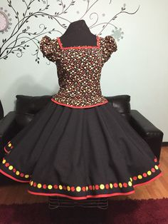 Vestido de cueca Clogs Outfit, China, Looking For Women, Vintage Outfits, Fashion Outfits, How To Wear, Clothes, Dresses, Briefs