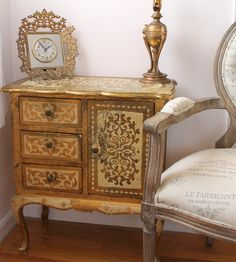 Vintage Gold Florentine Chest - Side Table, Hand Made in Italy