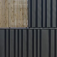 ZINC-CLADDING: Alternate width standing seam metal vertical siding-Love the alternating panel widths, which activate an often static exterior cladding material. Metal Facade, Metal Siding, Zinc Cladding, Exterior Cladding, Aluminium Cladding, Metal Wall Panel, Metal Panels, Slat Wall, Facade Design