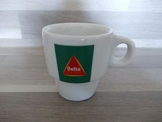 1 Delta Cafes + 1 Piazza d Oro espresso cup - to collect them all