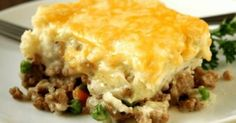 ground turkey tacos We love to eat shepherds pie in the winter. Its so warm, filling and delicious. So why did I have to ruin the experience by adding peas? Fodmap Recipes, Pie Recipes, Cooking Recipes, Irish Recipes, Snacks Recipes, Quick Recipes, Ground Turkey Shepherd's Pie, Ground Beef, Turkey Pie