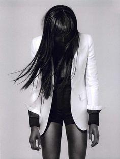 I think I need a new white blazer.  It's a good look.