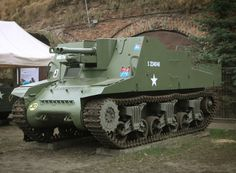 Sexton is quite an unusual vehicle, not only because of its name, but also history of developement. The British Army felt the need to give their artille. Weapon Of Mass Destruction, World War One, European History, My Heritage, British Army, Armored Vehicles, War Machine, Military Vehicles, Ww2