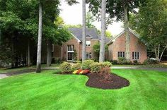 http://hudsonvalleyrealestateguide.com/community/lake-carmel/ @ homes for sale in carmel