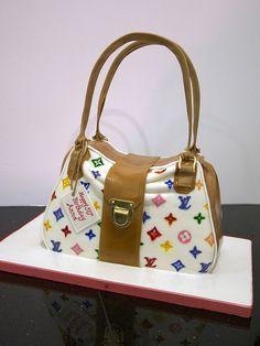 purse cake