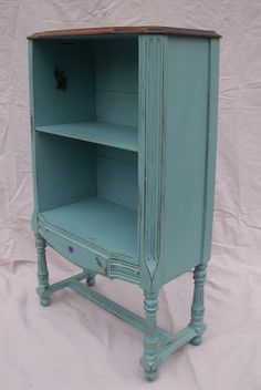antique teal finish