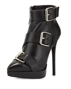 X32NW Giuseppe Zanotti Leather Buckle Pointed-Toe Bootie, Nero
