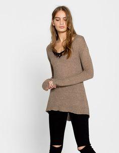 V-neck sweater - Knit - Clothing - Woman - PULL&BEAR Korea, South
