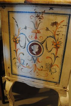 Painted Italian Commode 3