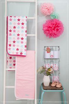 Little Dutch Mixed stars pink  #littledutch #little #dutch  #geboortekaartje #pink #roze #birthannouncement  #pompoms #mockies @LiefLeukenEigen