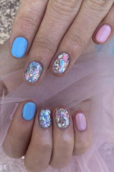 Seven inspirational blue nail art collections the stylish girl you must try - Abby FASHION STYLE Cute Nail Art Designs, Short Nail Designs, Shining Star, Girl Blog, Girl Fashion, Fashion Beauty, Blue Nails, Light Art, Short Nails