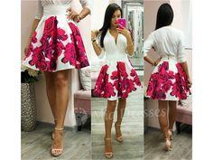 Táto mini suknička si krásne drží áčkový tvar vďaka spodničke, na ktorej je našitý tyl. Sukňa je pútavá vďaka žiarivým kvetinám vpestrých farbách. Ksukni stačí jednoduchý top, lodičky asoslňujúcim outfitom môžete vyraziť. Pás na sukni nie je elastický a vzadu sa zapína zipsom. Tyl, High Low, Mini, Floral, Skirts, Dresses, Fashion, Vestidos, Moda