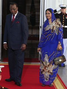 2014 - WHITE HOUSE STATE DINNER; U.S. AFRICA LEADER SUMMIT: Chad President Idriss Deby Itno and spouse Hinda Deby Itno. Is that a Fendi purse? I think she is really beautiful.