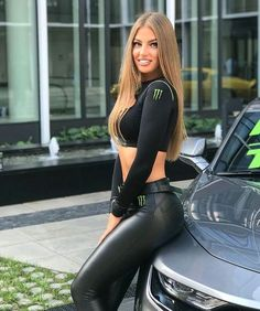 Filles Monster Energy, Monster Energy Girls, Pit Girls, Promo Girls, Leder Outfits, Disco Pants, Elegantes Outfit, Bodysuit, Sexy Hot Girls