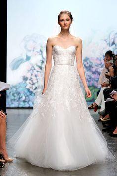 Monique Lhuillier Bridal, Otoño-invierno 2012