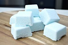 Works as toilet bomb too. 3 Ingredient Homemade Dish Tablets Recipe - Make easy and inexpensive dish tabs in minutes with a few household ingredients. This cleaning hack will leave your dishes sparkling clean! Homemade Cleaning Products, Cleaning Recipes, House Cleaning Tips, Natural Cleaning Products, Cleaning Hacks, Diy Hacks, Cleaning Solutions, Cleaning Supplies, Dishwasher Tabs