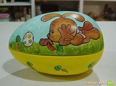 ABruxinhaCoisasGirasdaCarmita: Caixa do coelho(cerâmica)