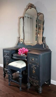 Gorgeous Refinished Vanity: Rich blue-black with gold highlights,r.The seat is a french inspired script with grays,black,and gold tones Refurbished Furniture, Paint Furniture, Repurposed Furniture, Shabby Chic Furniture, Shabby Chic Decor, Furniture Projects, Furniture Makeover, Vintage Furniture, Furniture Decor