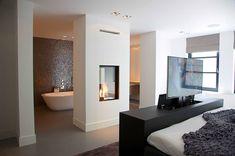 67 ideas bedroom mirror frame master bath for 2019 Open Plan Bathrooms, Open Bathroom, Bathroom Green, Trendy Bedroom, Modern Bedroom, Bedroom With Bathtub, Luxury Bathtub, Rustic Home Design, Home Decor Bedroom
