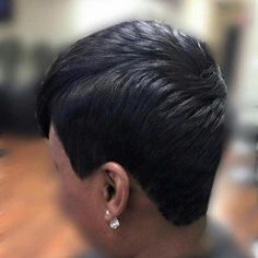 This black short girl hairstyles are fab Short Sassy Hair, Girl Short Hair, Short Hair Cuts, Pixie Cuts, Short Black Hairstyles, Weave Hairstyles, Cool Hairstyles, Asymmetrical Hairstyles, Formal Hairstyles
