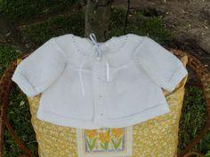 ARTES DA RITTA Casaco em tricot sem costura para bebê.