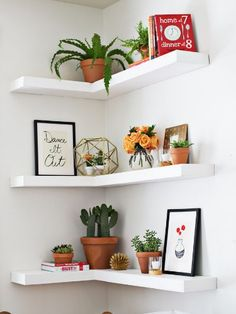 I like these floating shelves. Now I just need to find someone to make them for me. :)