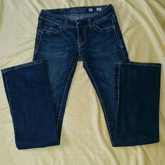 Miss Me Jeans Excellent condition. Size 27 but runs small. Miss Me Jeans Boot Cut