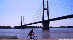 Biking along the Mississippi River! See more: http://www.gypsynester.com/illinois-road-trip.htm @Enjoy Illinois #travel #photography #cycling