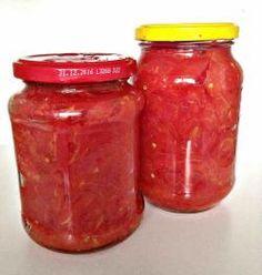 Paradajky vo vlastnej šťave - zavárané paradajky - Vaše rady a tipy - Ako sa to robí.sk Marmalade, Preserves, Pesto, Pickles, A Table, Salsa, Food And Drink, Smoothie, Cooking Recipes