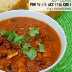 Slow Cooker Pumpkin Black Bean Chili {Weight Watchers Simply Filling Recipe}
