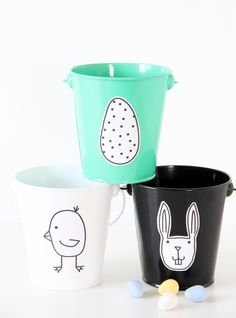 These adorable little Easter printables make these buckets so cute. Just print them on Avery Full-Sheet Labels, and cut, peel and stick.