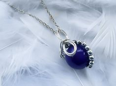Final Fantasy Necklace - Materia Necklace - Dark Purple Materia Necklace - FF7 jewelry - Ff7 - Geeky gift - Mako Pendant - FF jewelry