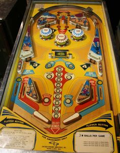 Hi Flyer Pinball By Chicago Coin - Photo