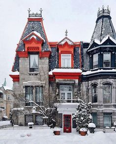 Cheap hotels in Montreal, best prices and cheap hotel rates on Hotellook Quebec Montreal, Old Montreal, Montreal Ville, Quebec City, O Canada, Canada Travel, Westminster, Montreal Architecture, In Loco