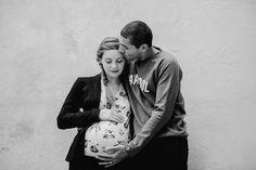 photos de grossesse – photographe lyon Futur Parents, Cecile, Che Guevara, Couple Photos, Couples, Photography, Couple Shots, Couple Photography