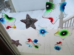 Homemade Sticky Window Gellies (Decorative Diffusion, Floatation and Evaporation Experiment) « The Kitchen Pantry Scientist