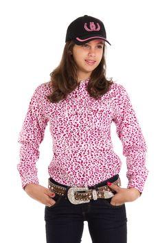 Camisa Infantil Feminina Rosa Oncinha Camisa manga longa feminina na cor  branca e detalhes na cor f2c873a6303