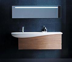 Il bagno come uno degli ambienti più intimi della casa, per ritrovare se stessi. http://www.leonardo.tv/bagno/arredo-bagno-moderno-linee-sinuose