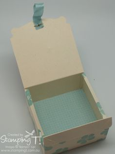 Stampin' Up! Stamping T! - Pop 'n Cuts Gift Box Blue open