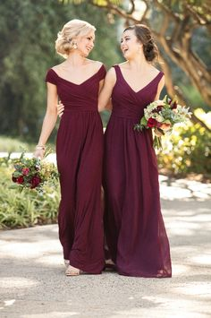 Chic Burgundy Bridesmaids Dresses for a Mixed Berry Mix-and-Match Bridal Party You'll Love #weddingdress