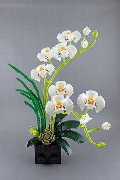 Orchid | by bricks.life.idea Lego Friends, Legos, Lego Flower, Lego Tree, Lego Wedding, Lego Super Mario, Lego Creative, Lego Sculptures, Lego Christmas