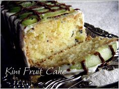 Preheat the oven to Grease and line a loaf tin or an 8 round tin. Sift the flour and baking powder into a large bowl and add the butter, caster sugar, eggs and vanilla extract. - Recipe Dessert : Kiwi fruit cake by Divyakudua Kiwi Recipes, Baking Recipes, Cake Recipes, Dessert Recipes, Yummy Recipes, Kiwi Fruit Cake, Fruit Cakes, Piece Of Cakes, Sweet Bread