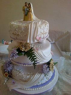 Gold Roses and Lavender cake by Memorable Occasions, Bloemfontein @ http://memorable-occasions.wozaonline.co.za/