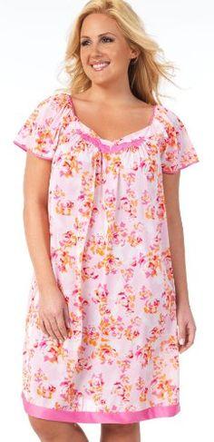 Vanity Fair Women`s Short Flutter Sleeve Gown $20.40