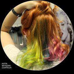 Katia Miyazaki Coiffeur - Salão de Beleza em Floripa: cabelo ruivo - colorido na nuca - galaxy hair - ra...