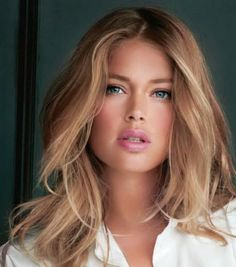 Doutzen Kroes' dark blonde hair colour.