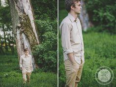 http://dreameyestudio.pl/ #dreameyestudio #boy #oldtree #beige #engagementsession #photography #weddingphotography