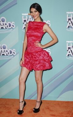 """( ☞ 2017 ★ HOT CELEBRITY WOMAN ★ VICTORIA JUSTICE IN A MINISKIRT AND HIGH HEELS """" Pop ♫ """" ) ★ ♪♫♪♪ Victoria Dawn Justice - Friday, February 19, 1993 - 5' 5½"""" 117 lbs 34-23-32 - Hollywood, Florida, USA."""