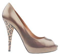 Fendi - Scarpe - Décolleté - Donna - 8K2984C1KF0TU2 - FASHIONQUEEN.NET    #Fendi #Décolleté #Fashionqueen